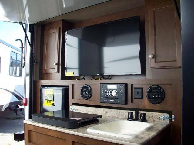 outdoor kitchen - Travel Trailers Overview: A Guide for Beginners