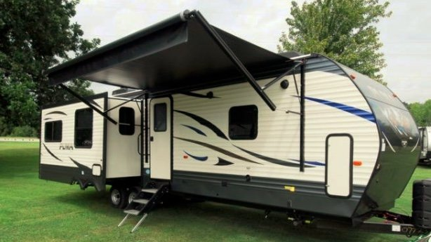 palomino puma 31rlqspicture - Travel Trailers Overview: A Guide for Beginners