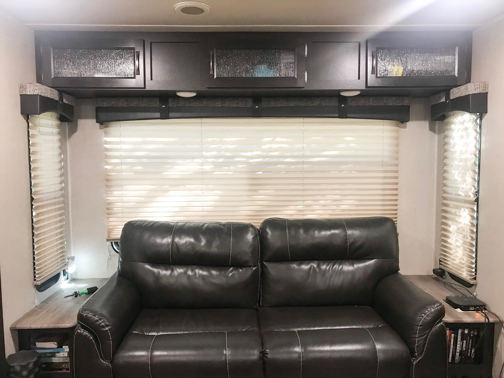 before living - How To Easily Paint Your RV Interior Walls