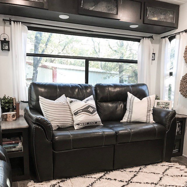 living room - How To Easily Paint Your RV Interior Walls