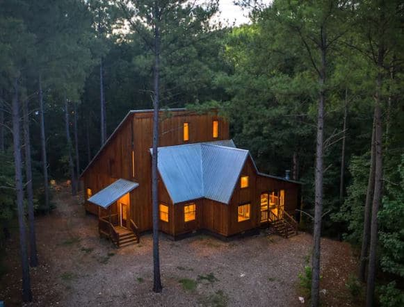 Airbnb Cabin in Broken Bow