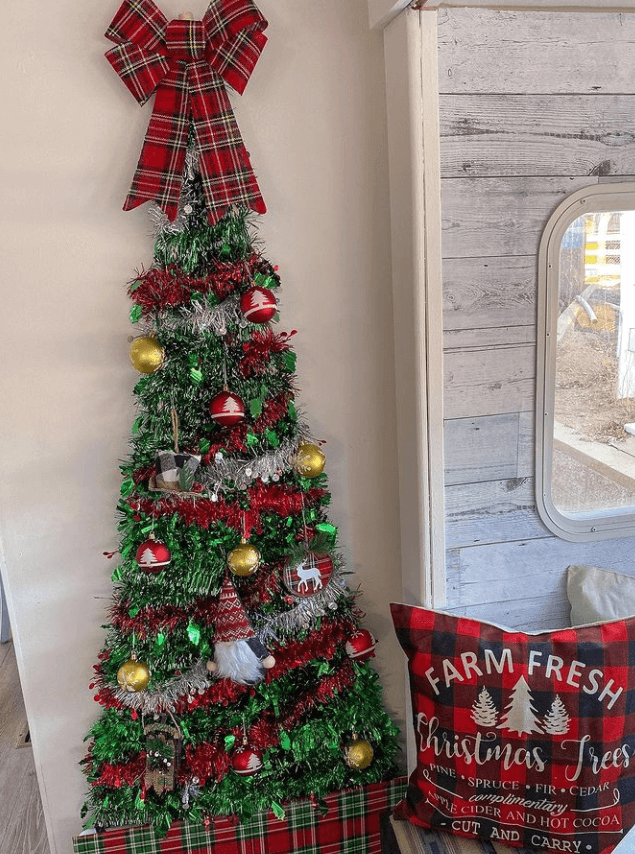 RV Christmas Tree